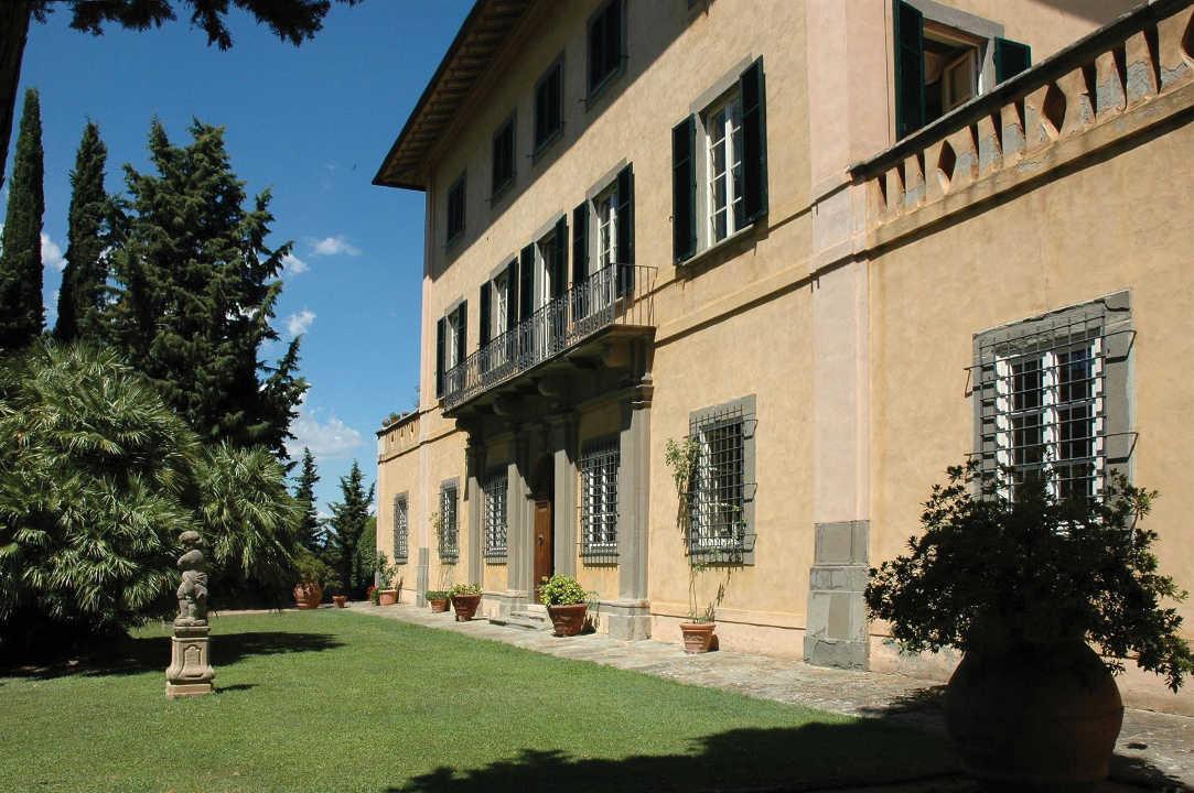 Tuscan-Villa-12